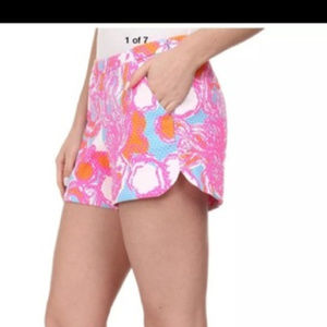 Lilly Pulitzer Vina  Beach Shorts in Pink XL